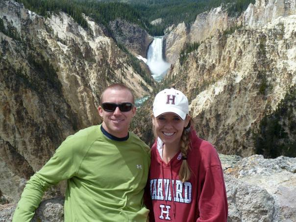 Yellowstone-National-Park-Waterfall