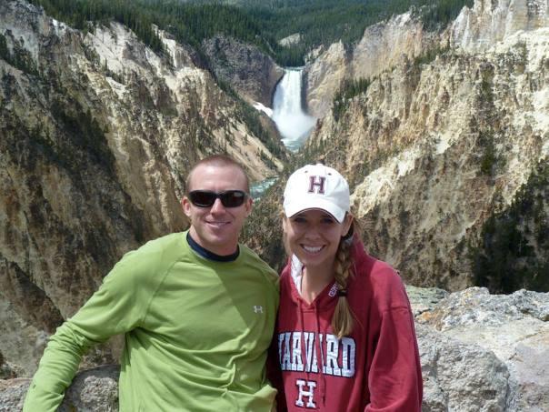 Yellowstone-National-Park-Waterfall