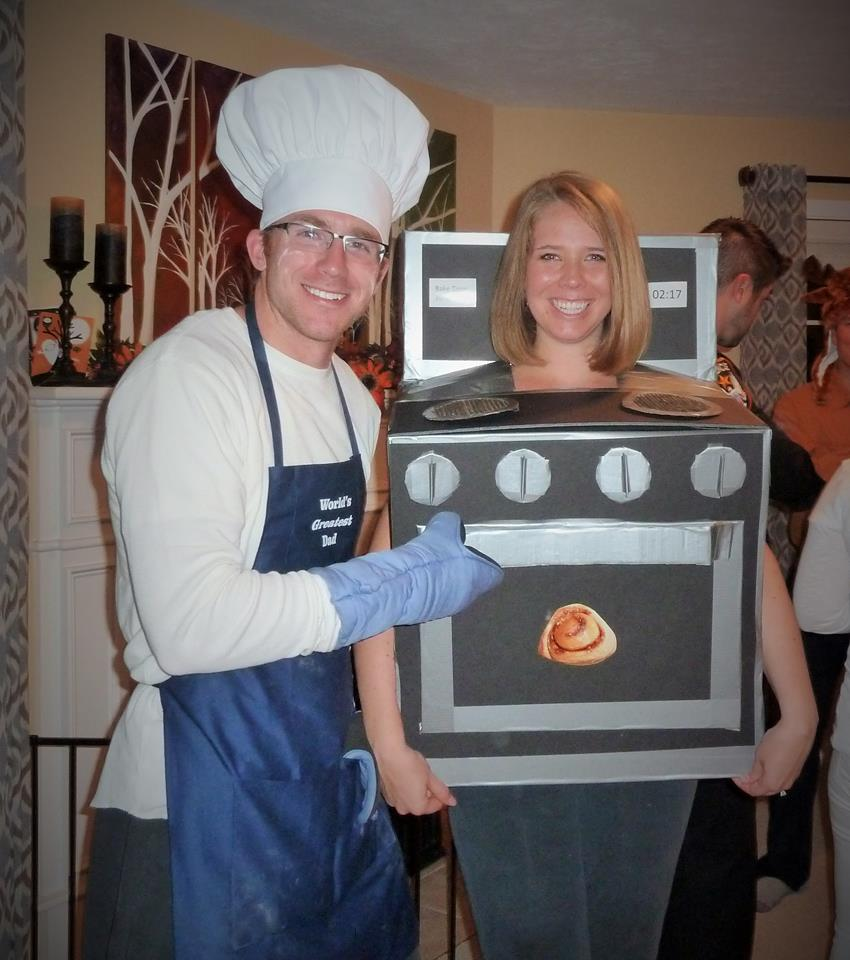 eee5d8b5ffc04 Baker and Bun in the Oven. Bun in the oven Halloween costume for pregnant  woman. I really want to ...