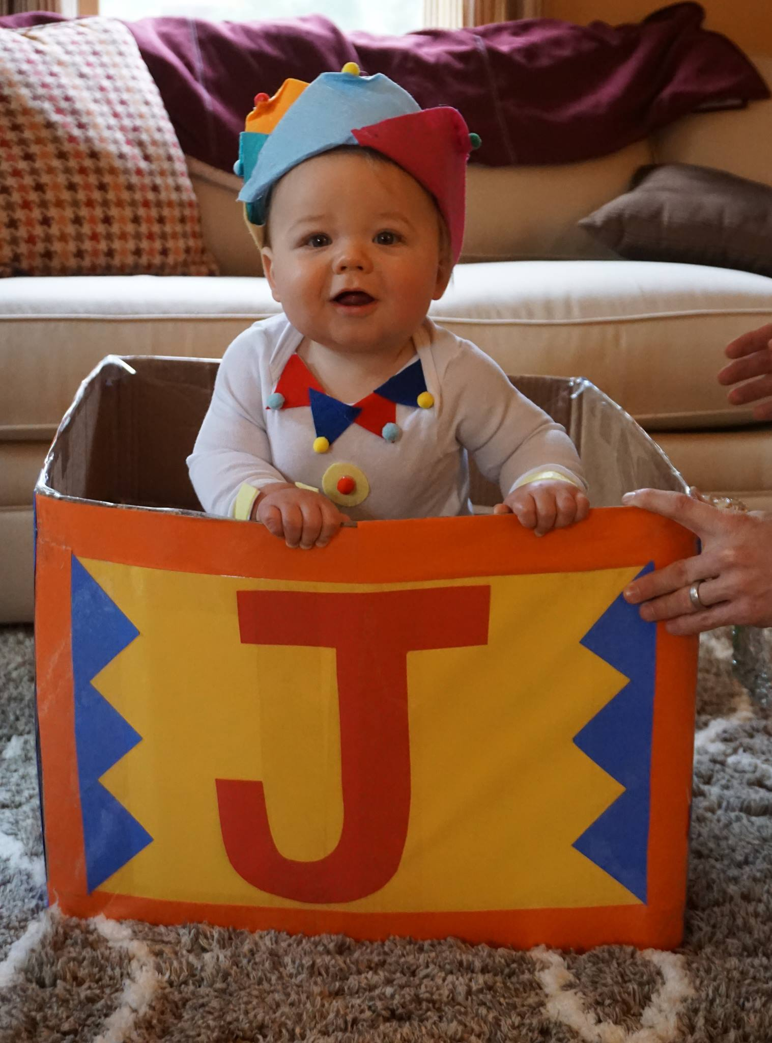 Jack In A Box no-sew Halloween costume idea
