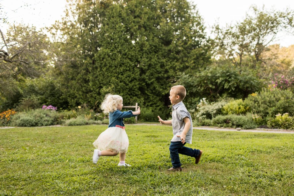 Kids Running Lyndsay Hannah Family Photographer