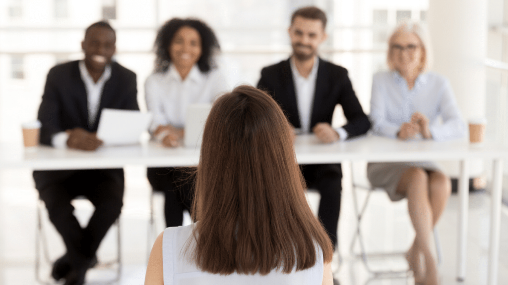 """How to answer """"tell me about yourself"""" in an interview"""