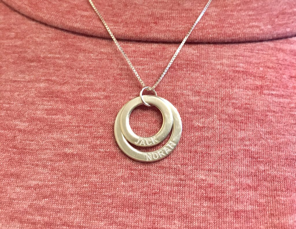 oNecklace silver personalized necklace for moms. Gift idea for moms returning to work after maternity leave.