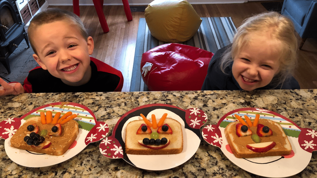 Kids making creative sandwiches from Creative Galaxy